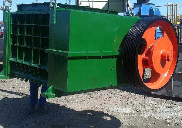 DAR285  Bedeschi Roller Crusher 1