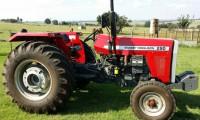 BAC103 Massey Ferguson Tractor 1