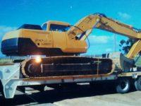 EAC322 Excavator 1