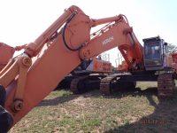 EAC375 Excavator 1
