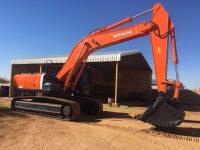 EAC382 Excavator 1