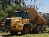 EAA330 Dump Trucks 1